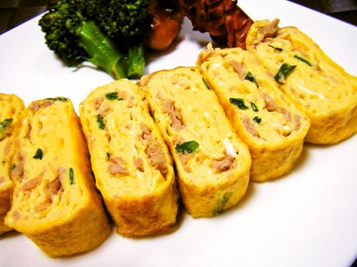 Tuna and Scallion Tamagoyaki for Bentos