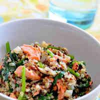 Salmon & Spinach Quinoa (Gluten-Free)