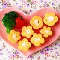 Flower Shaped Tamagoyaki Using Bamboo Skewers - For Bento Decorations