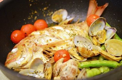 Orata all'acqua Pazza (Poached Sea Bream)