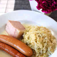 Extremely Easy Choucroute Garnie