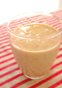 Diet-Friendly Tofu 'Kinako' (Roasted Soy Flour) Smoothie