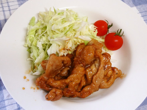 Quick & Delicious Pan-Fried Ginger Pork with Golden Sauce