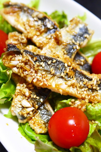 Sautéed Sardine Salad with Youlinji (Chinese Deep Fried Chicken) Sauce!