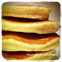 Easy! The Golden Rule of Fluffy Pancakes