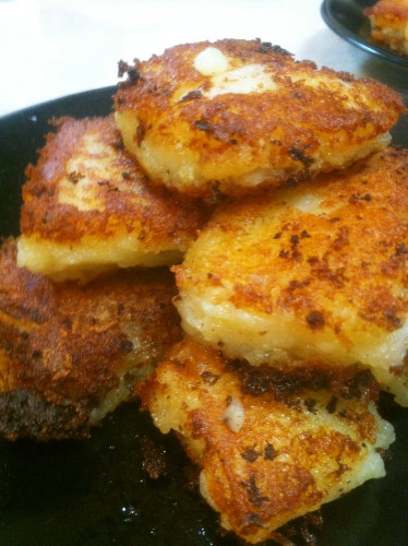 Fried Crispy Mashed Potatoes with Onion