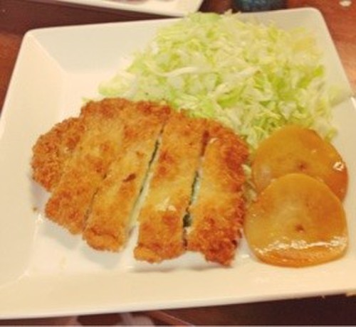 Easy Melty Cheese Pork Cutlets (Tonkatsu)