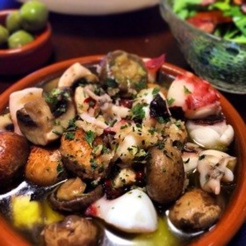 Octopus and Mushroom Ajillo in 5 Minutes