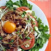 Healthy & Satisfying Yakiniku Salad Udon