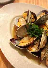 Manila Clams Steamed With Soy Sauce and Butter You May Run Out of Rice