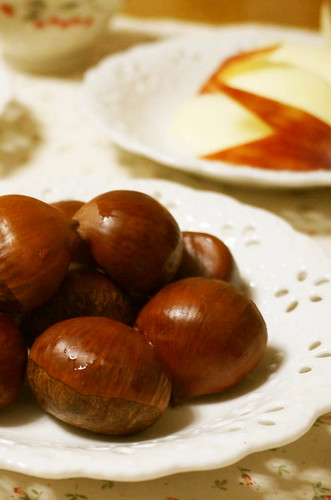 The Basic Way to Boil Chestnuts