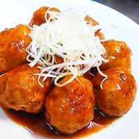 Tender and Juicy Low-Cal Chinese Meatballs