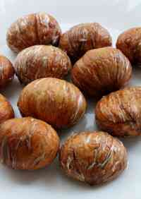 How To Peel the Inner Skin of Simmered Chestnuts
