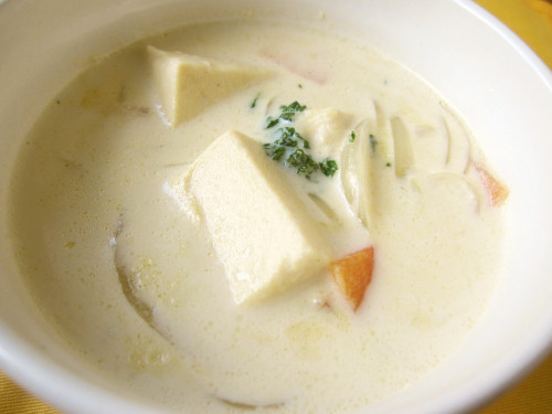 Freeze-Dried Tofu and Soy Milk Soup