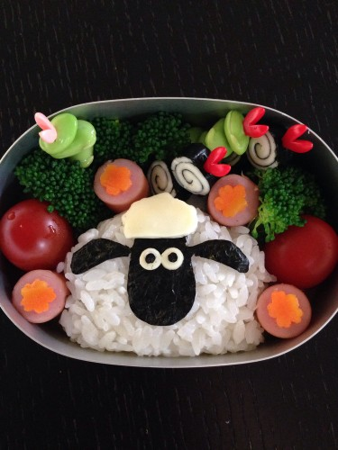 So Simple!! Shaun the Sheep Character Bento