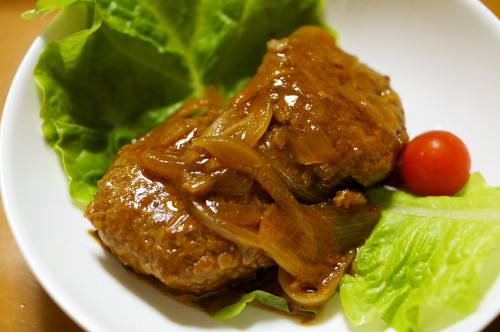 Quick and Easy Simmered Hamburger Steaks