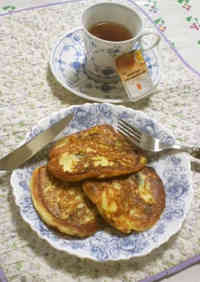 Very Easy and Cheering Syrniki Pancakes