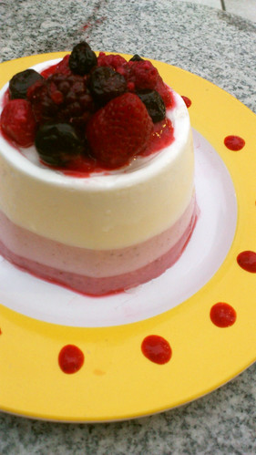 Tricolor Berry Bavarois-Style Cake