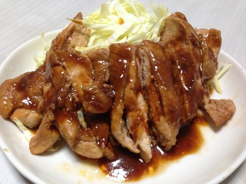 Sweet, Spicy and Moist Chicken Teriyaki with Doubanjiang (Great for Bento Boxes)
