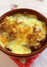 Potato Gratin Made with Leftover Meat Sauce