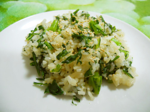 Seasoned with Kombu Tea Chrysanthemum Greens Fried Rice