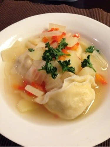 Pelmeni - Boiled Russian Gyoza in Soup