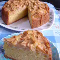 Quick, Easy, Delicious Apple Cake