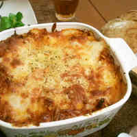 Easy Lasagne with Home-Made Meat Sauce