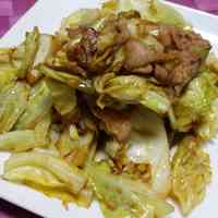 Super Easy Pork & Cabbage Stir-Fry with Lemony Soy Sauce
