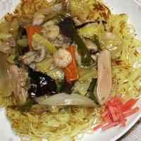 Crispy Yakisoba Noodles with Thick Chinese Style An Sauce