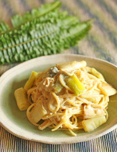 Easy Creamy Pasta with Soy Milk