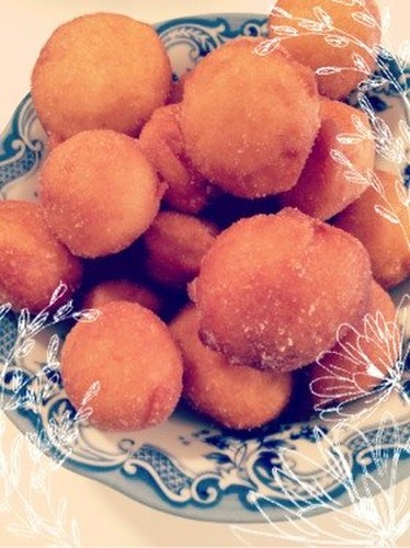 Roly Poly Doughnuts Made with Pancake Mix