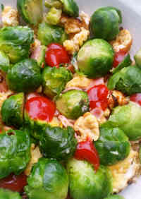 Colourful Scrambled Eggs with Brussels Sprouts