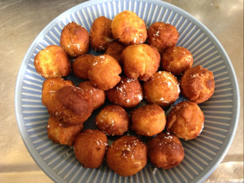 Quick and Easy Doughnuts Made with One Egg and Pancake Mix