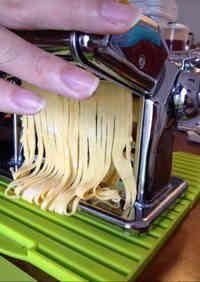 Chewy and Aromatic Homemade Pasta