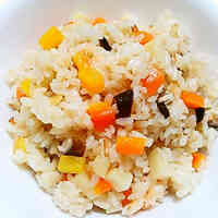 Chinese Mixed Rice with Chicken Broth