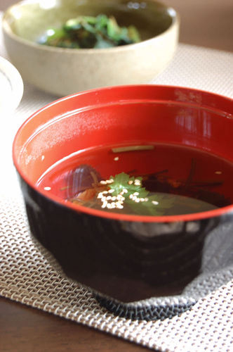 Easy Clear Soup Made with Shio-Konbu