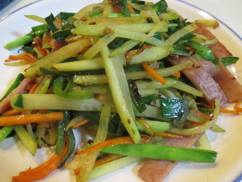 Papaya Champuru (Okinawan Stir-Fry Dish)