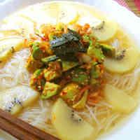 Fruity Naengmyeon with Avocado and Kiwi