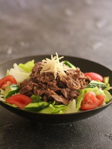Yakiniku Beef Salad (with Sauce)