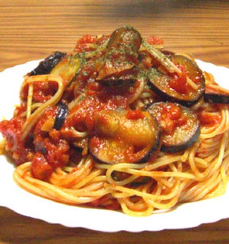 Tomato Spaghetti with Eggplant and Zucchini