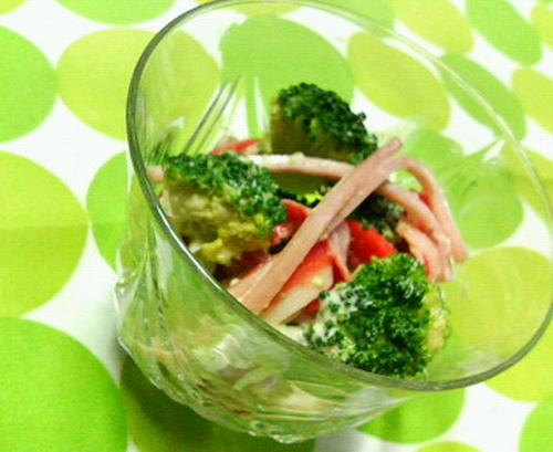 Broccoli and Crabsticks with Sesame Mayonnaise Vinegar Sauce