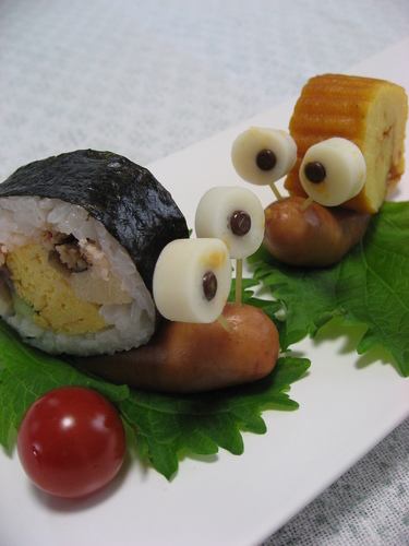 A Gathering of Snails Using Futomaki Sushi Rolls!