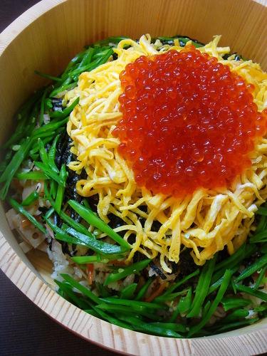 Chirashizushi with Lots of Toppings