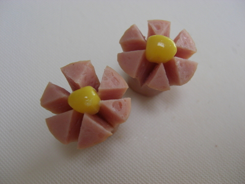 Simple Flower-shaped Sausages