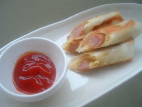 Easy and Speedy Curry Flavored Spring Rolls