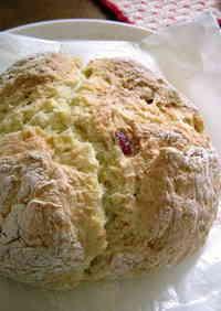 Redcurrant Soda Bread