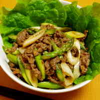 Stir Fried Beef and Asparagus in Oyster Sauce