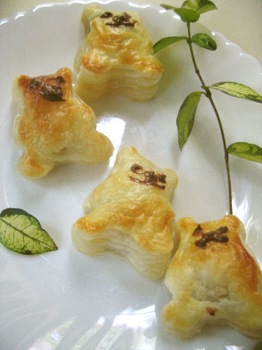 Bear Pies with 2 Ingredients