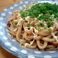 Easy and Rich Stir Fried Udon Noodles with Oyster and Soy Sauce
